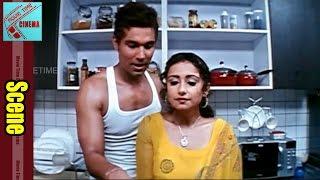 Randeep Hooda With Aunty Love Scene || Ayanaki Aaiduguru Movie || Riyasen