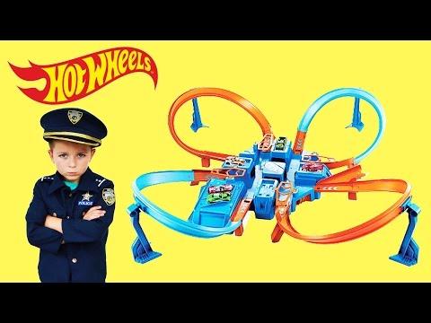 Xxx Mp4 Officer Ryan Unboxes Hot Wheels Criss Cross Crash 22 HOT WHEELS CARS A YouTube Kids Video 3gp Sex