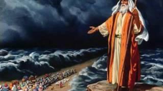 Coluna de nuvem bíblica protege Israel de ataque do Isis