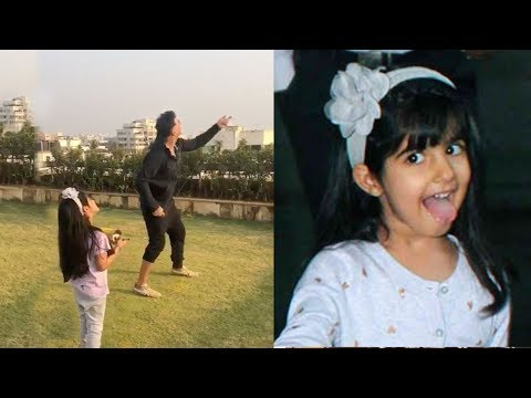 Xxx Mp4 Akshay Kumar Flying Kite With CUTE Daughter Nitara At House Rooftop On Makarsankranti Wid Family 3gp Sex