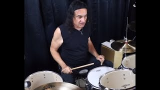 """video posted of Vinny Appice playing DIO songs """"Straight Through The Heart"""" + Stand Up And Shout"""