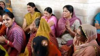 Punjabi TAPPE...Competetion in Punjabi Wedding..