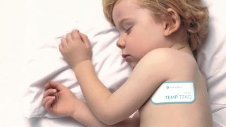 Wireless temperature device monitors fevers in kids