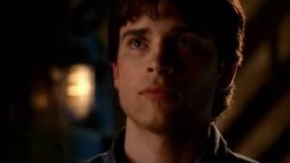 [2x22: Calling] Chloe finds Clark kissing Lana