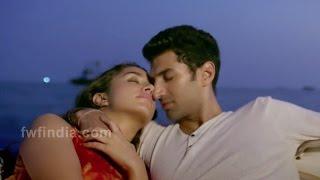 Shraddha Kapoor और Aditya Roy Kapoor के hot और सेक्सी Song Kara fankara है