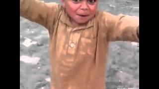 Un arabe qui dans sur du JUL my world