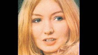 Mary Hopkin - Voyage of the Moon