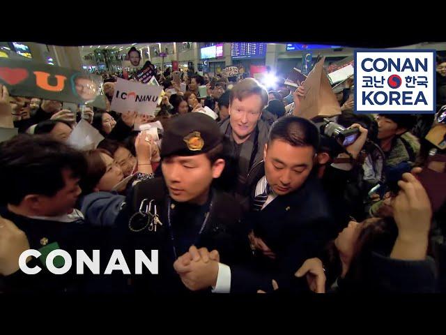 Conan's Rock Star Airport Reception In Korea