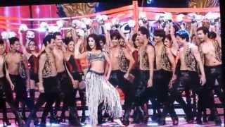 Katrina Kaif Perform chikini chameli TOIFA 2013 Vancouver -