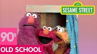 Sesame Street: Elmo & Zoe Show Full and Empty   #ThrowbackThursday