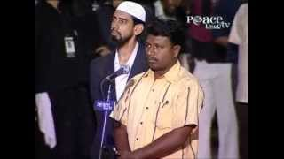 Hindu man accepts Islam after listening the answer of Dr. Zakir Naik.