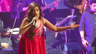 Zoobi Doobi Shreya Ghoshal Live (3 Idiots)