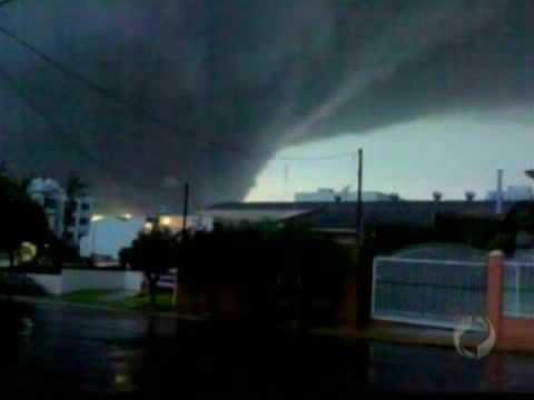 Tornado Visto De Medianeira PR