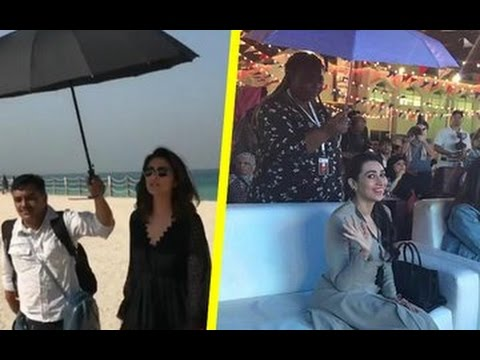 Xxx Mp4 Karisma Gets Trolled For Not Holding Her Own Umbrella Bollywood News 3gp Sex