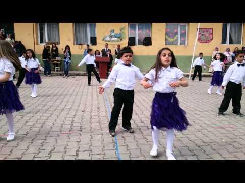 23 Nisan dans gösterisi Mezdeke Ya habibi yala
