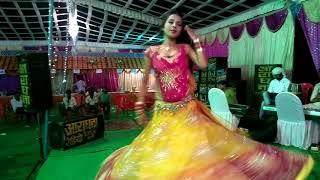 Latest Bhojpuri dance performance 2013