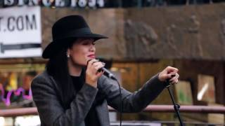 Jessie J - Price Tag (Acoustic in Camden for Transmitter Live)