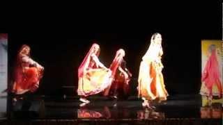 Choli Ke Peeche Kya Hai by Chakkar Dance Group, Moscow, Russia