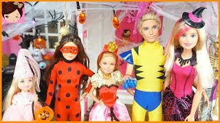 Barbie House Halloween Decorations & Doll Costumes with Chelsea Ken Skipper & Stacie