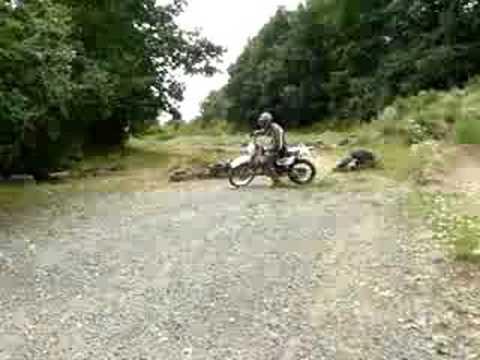 Suzuki DR 125 Enduro ride