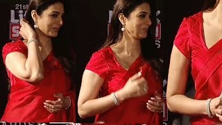 Tabu Hot in Red Saree from Haider Wins Life Ok Screen Awards 2017