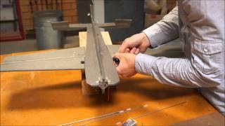 UAV Extra 300 Part 10 - Servos & Control Rod (HD)