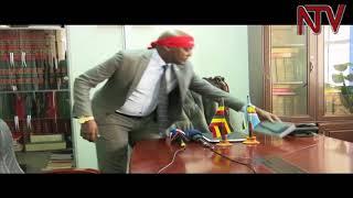 Zungulu omubaka abiliga agamba yafuka ku kkubo lwakubba yali bubi