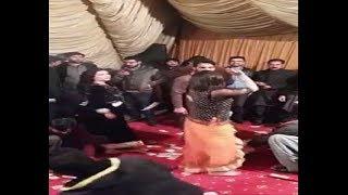 Pakistani Girls So Hot Mujra In A Local Weeding