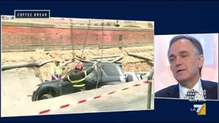 Enrico Rossi (PD) su voragine a Firenze: 'Chi ha sbagliato dovrà pagare'