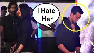 Tiger Shroff Avoids Mother Ayesha Shroff At Baaghi 2 Screening