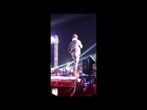 Xxx Mp4 खेसारी लाल यादव ने किया Stage पर Dance Khesari Lal Yadav Hajipur Show Pulwama Attack 3gp Sex