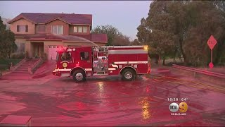 Firefighters Surprise Homeowners With Next-Day Retardant Cleanup