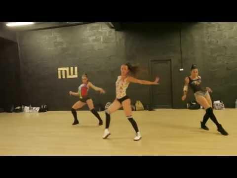 DHQ WEEKEND / DHQ YULIA SOBOLEVA / Razor B – Hot up