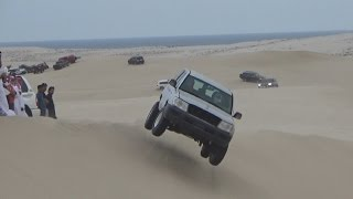 Sand Dune Jumping in Qatar - تطير في العديد 24/11/2016