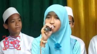 Cewek Cantik Berhijab Ya Hayati Riska Marawis Suaranya Merdu | Sholawat Islami 2017