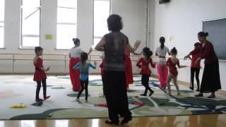 Susan Kids Peking Opera Class