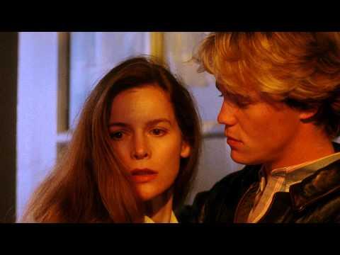 Sleepwalkers (1992) - Trailer