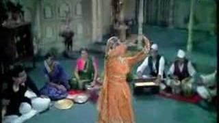 Sanam Tu Bewafa - Mumtaz & Shatrughan Sinha - Khilona