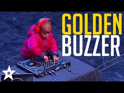 WORLD S YOUNGEST DJ gets GOLDEN BUZZER on SA s Got Talent