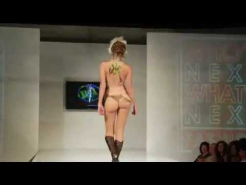catwalk fashionshow sexy bodypaint 2008.flv