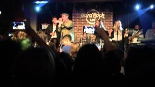 Don Baxter feat. Smiley - Statul - Noi stam degeaba Live @ Hard Rock