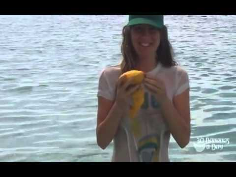How to eat a mango fruitarian style. Wet T shirt.