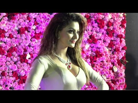 Xxx Mp4 Urvashi Rautela HUGE Wardrobe Malfunction 3gp Sex