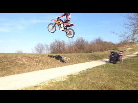 CRF 250 Throttle Wide Open + Wheelies Crashes Police Jumps