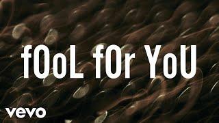 ZAYN - fOoL fOr YoU (Lyric Video)