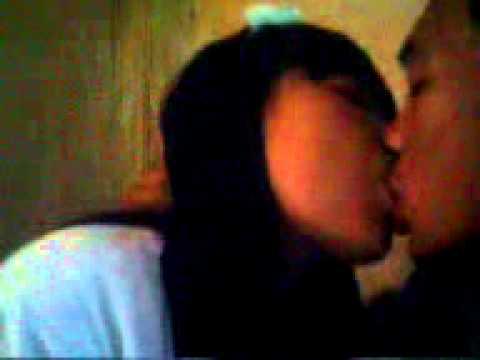 ciuman pertama ade