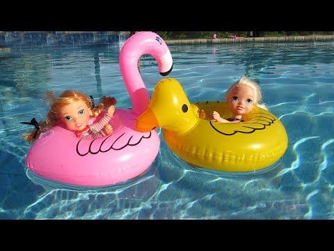 FLOATIES Elsa & Anna toddlers Pool Party Water fun Big float Splash Swim