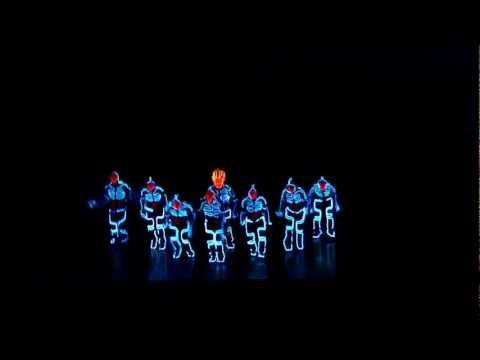 Xxx Mp4 Amazing Tron Dance Performed By Wrecking Orchestra 3gp Sex