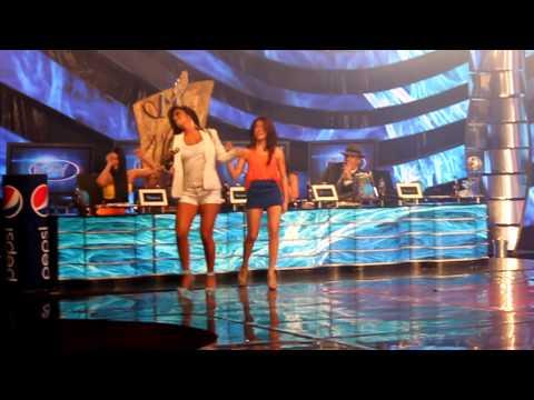 AMIGA MIA Larissa Riquelme con Mily La Kchorrita