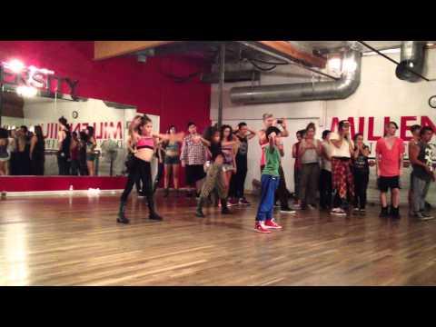 Sean Lew - Genneya Walton and Simrin Player - Bobby Newberry Pound The Alarm by Nicki Minaj